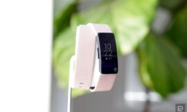 Grab Fitbit's Inspire HR fitness tracker for only $70