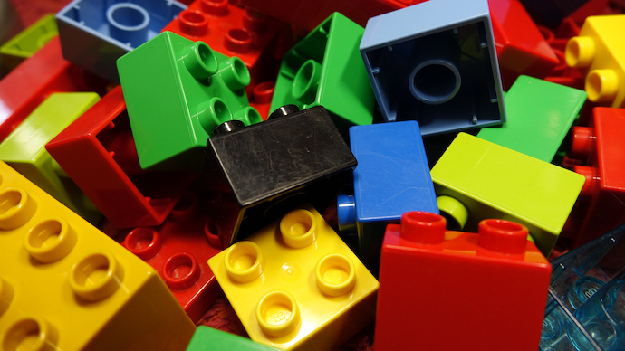 Study: LEGO Bricks Can Survive in Ocean For 1,300 Years