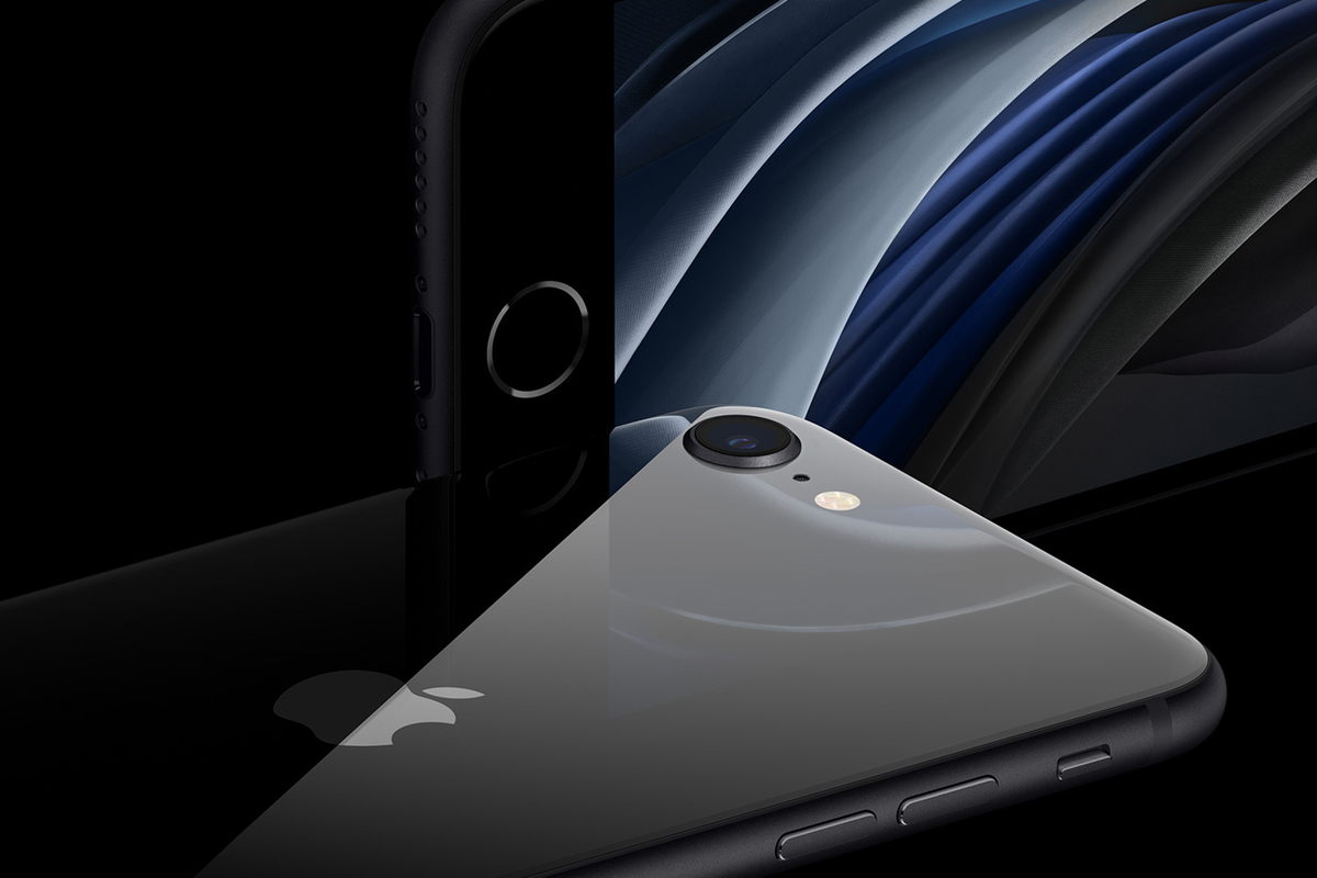 iPhone SE 2020 vs iPhone 8: Why Apple's new phone is its best deal in years
