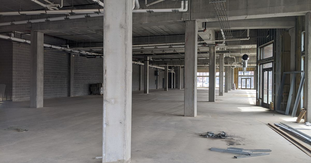 Read more about the article Foxconn's buildings in Wisconsin are still empty, one year later