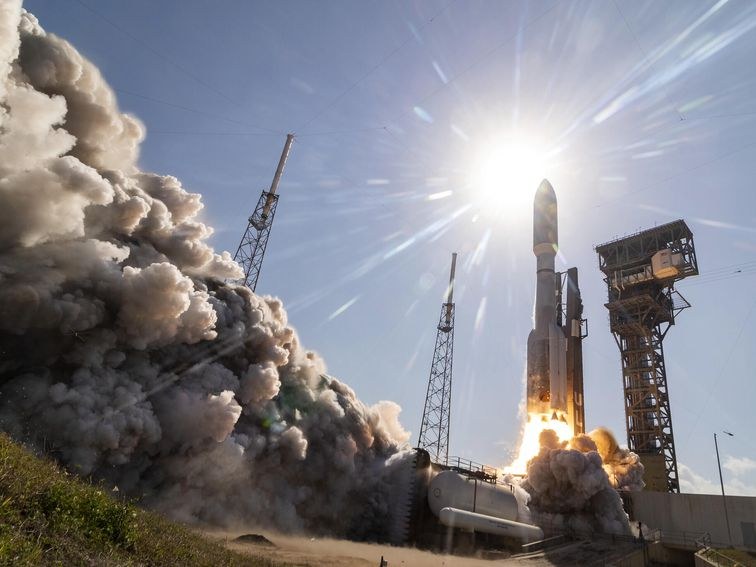 US military tracks Russian launch of anti-satellite missile towards space