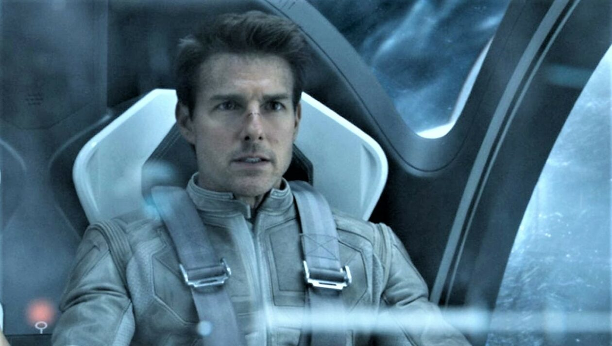 Read more about the article NASA confirms it's working with Tom Cruise to make a movie in space – GeekWire