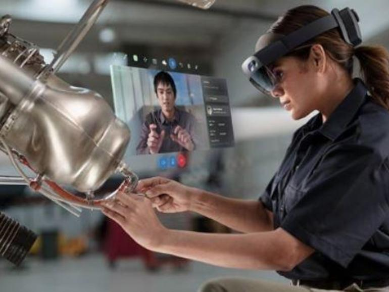 Microsoft seeks to improve HoloLens business experience with Windows Autopilot