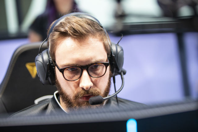 As 'League of Legends' summer games begin, the pros talk player health