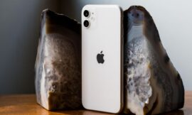 iPhone 11 vs. Galaxy S20 specs compared: What'll it be, Apple or Samsung?