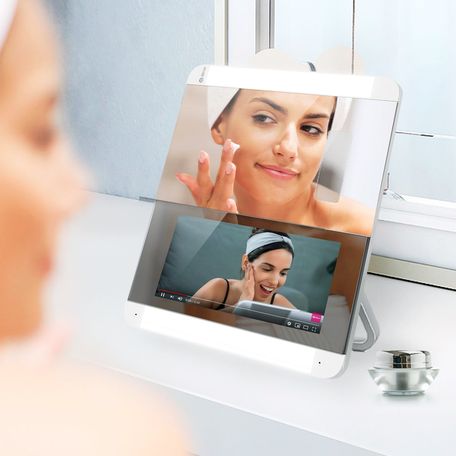 HiMirror Slide Review: A Smart Mirror for Your Makeup or Beauty Routine