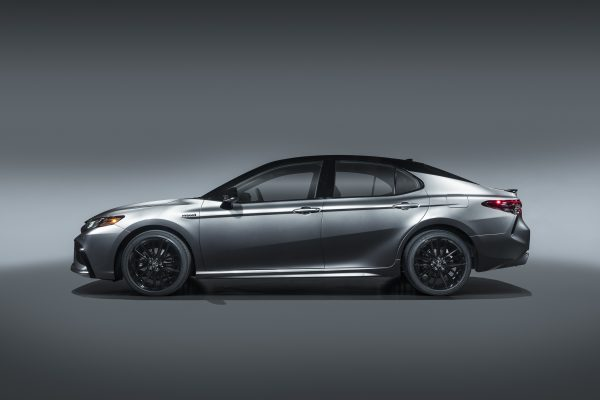Read more about the article Toyota revamps 2021 Camry lineup with refreshed features and safety upgrades