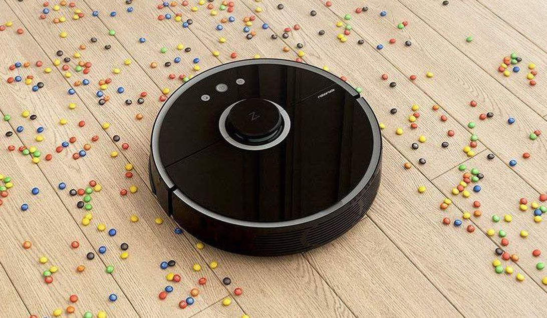 Get the Roborock S5 robot vacuum and mop for just $359