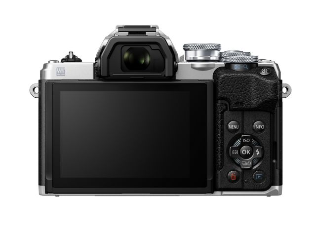 Olympus' E-M10 IV gains more resolution and a flip-down selfie screen