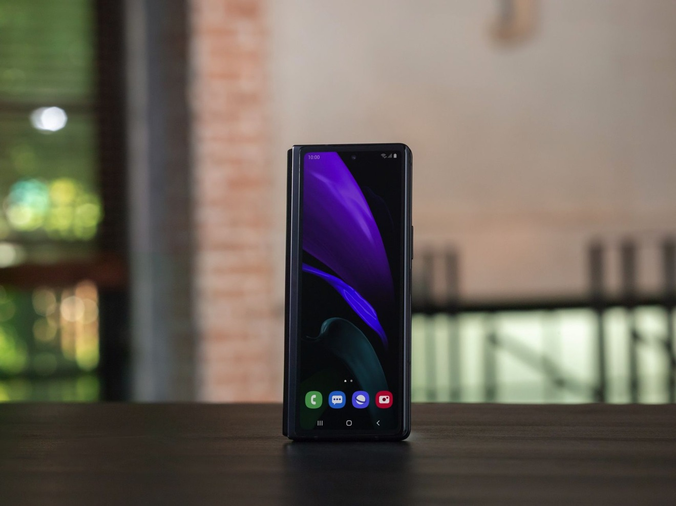 Samsung Galaxy Z Fold 2 arrives on September 18 for $1999