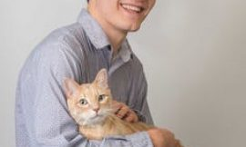 Scientists confirm holding a cat in your dating app profile won't get you a date