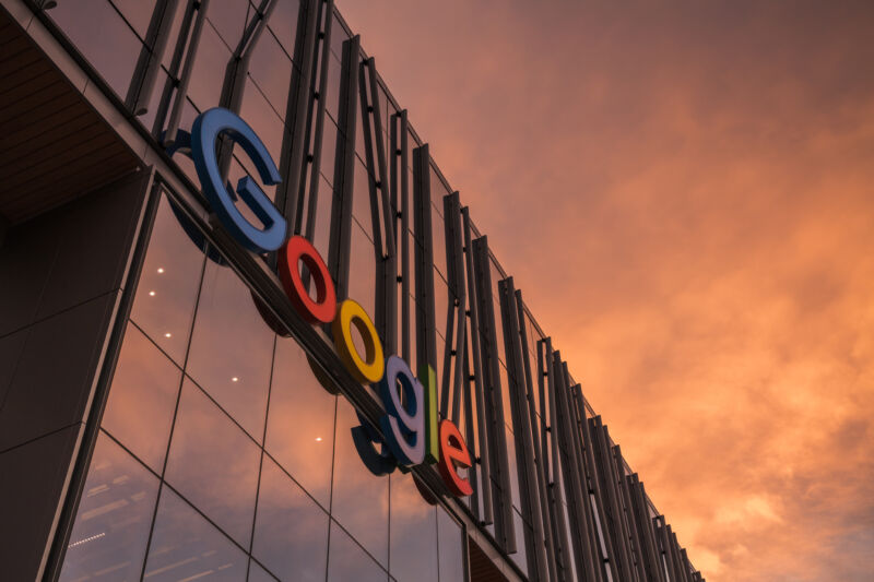 Justice Dept. files long-awaited antitrust suit against Google