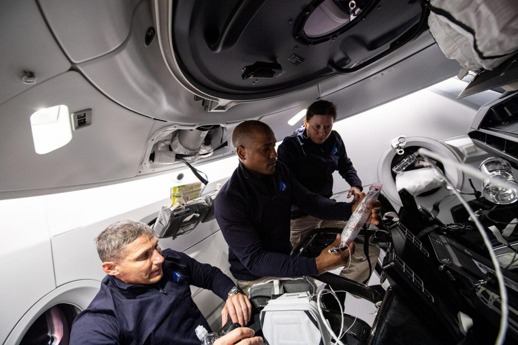 SpaceX private astronaut launch debut to reuse Crew-1 Dragon spacecraft