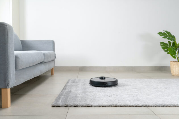 Read more about the article Wyze sues Xiaomi and Roborock to invalidate robotic vacuum patent and save its Amazon listing