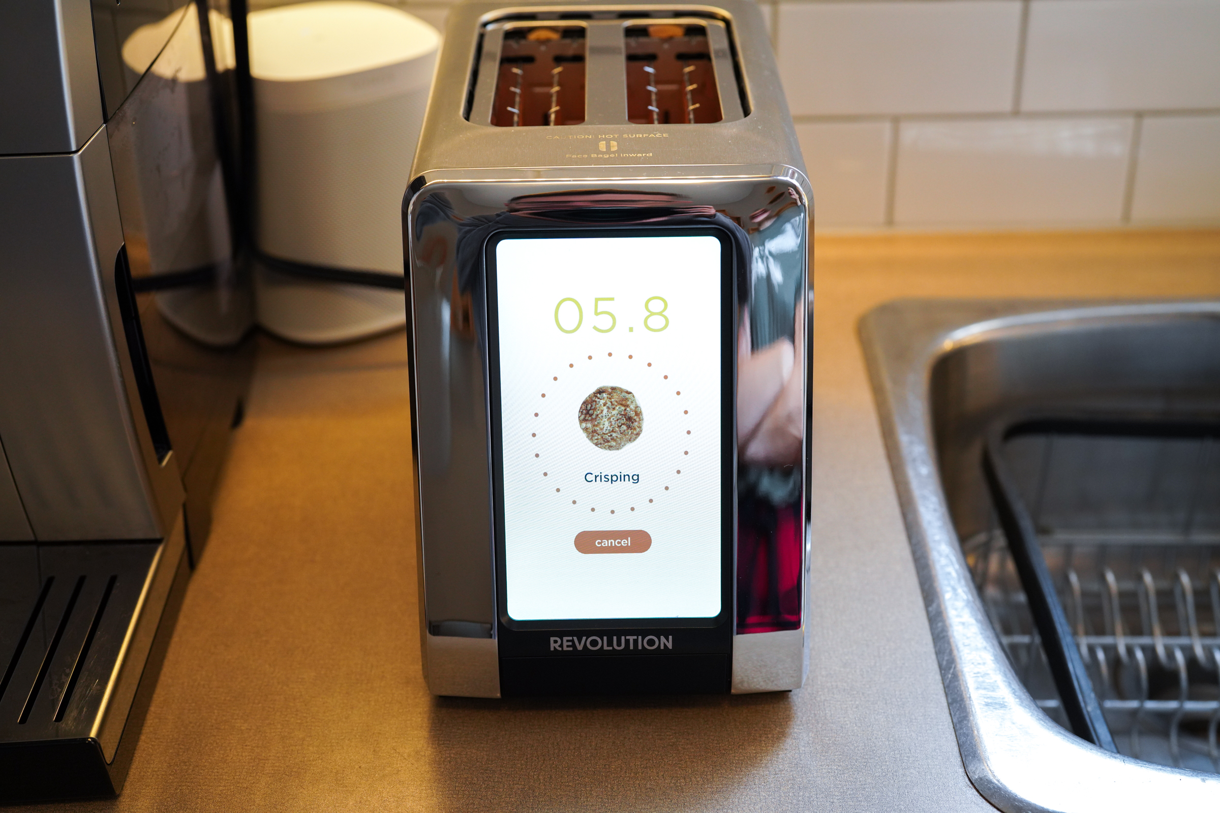 Revolution Cooking's R180 Smart Toaster delivers smarter, faster toasting – for a price – TechCrunch