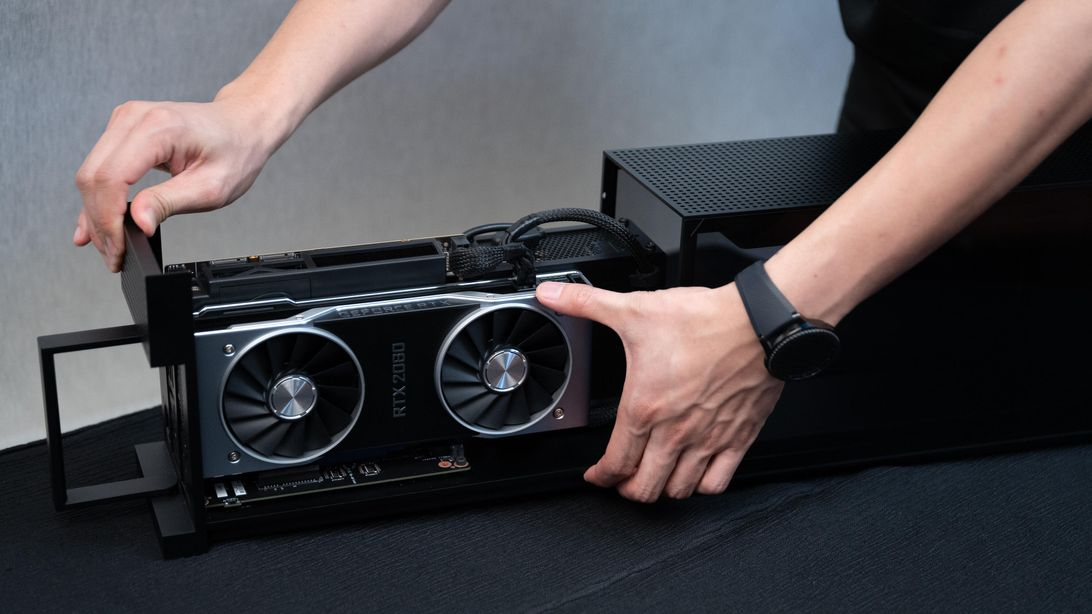 Razer's Tomahawk modular gaming PC, almost a year after launch, enters preorder