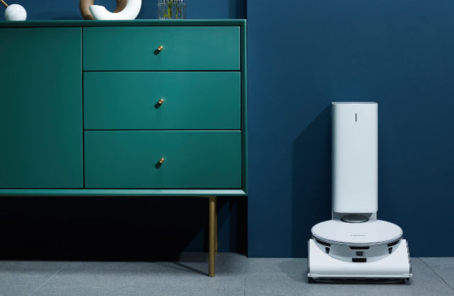 Samsung's smart home vision includes more intelligent fridges and vacuums