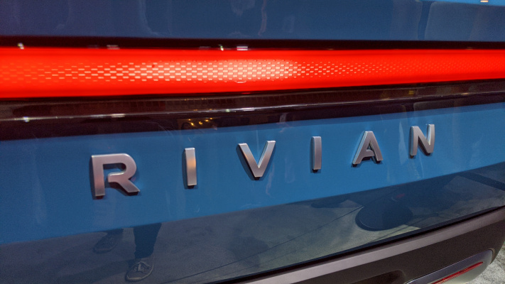 Read more about the article Rivian raises another $2.5B, pushing its EV war chest up to $10.5B – TechCrunch