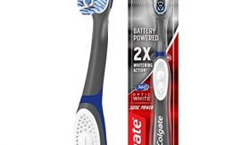 Colgate 360 Optic White Sonic Battery Power Toothbrush with Tongue and Cheek Cleaner, Soft