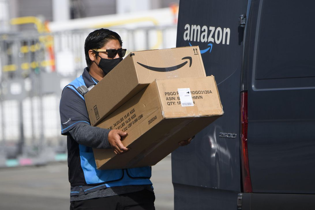 Read more about the article Amazon plans to install AI-powered cameras in delivery vehicles