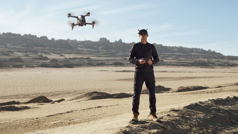 DJI's New FPV Drone Lets You Pilot With Flight Vision Goggles – Review Geek