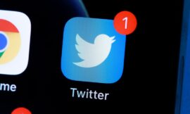 Twitter might let you undo tweets if you pay a subscription fee