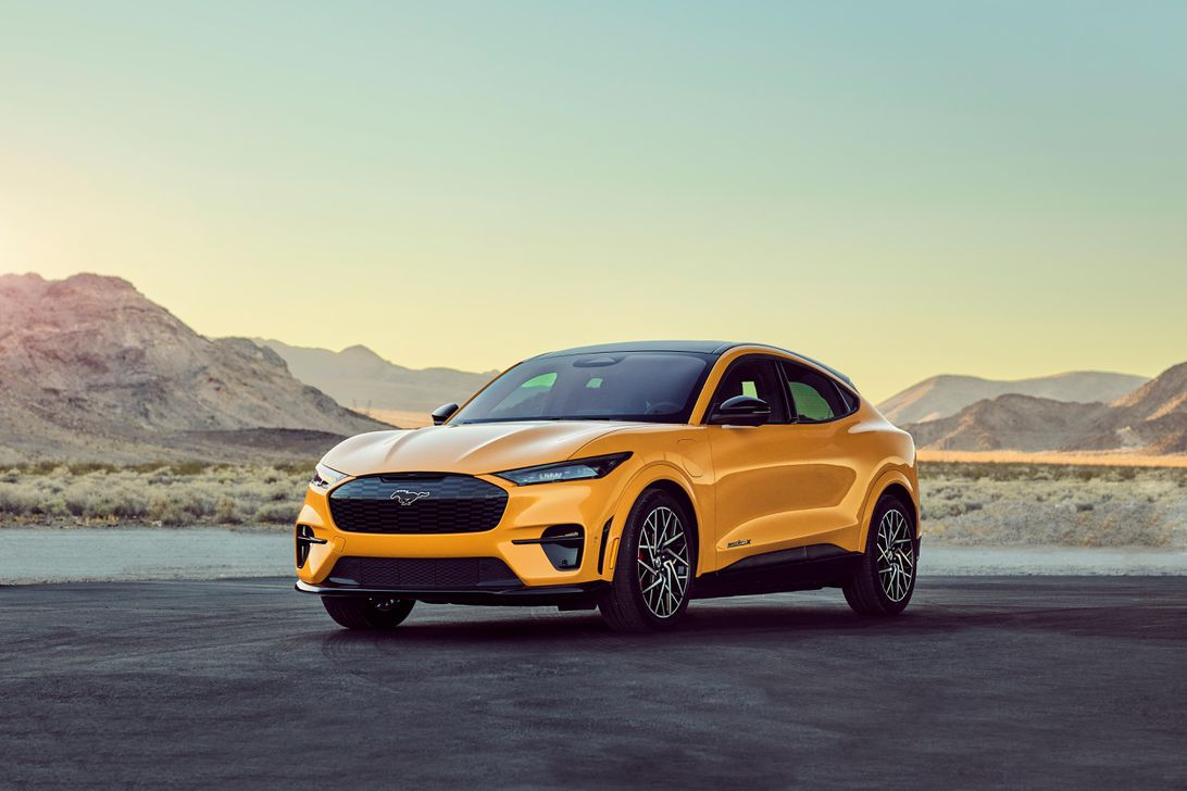 2021 Ford Mustang Mach-E an IIHS Top Safety Pick