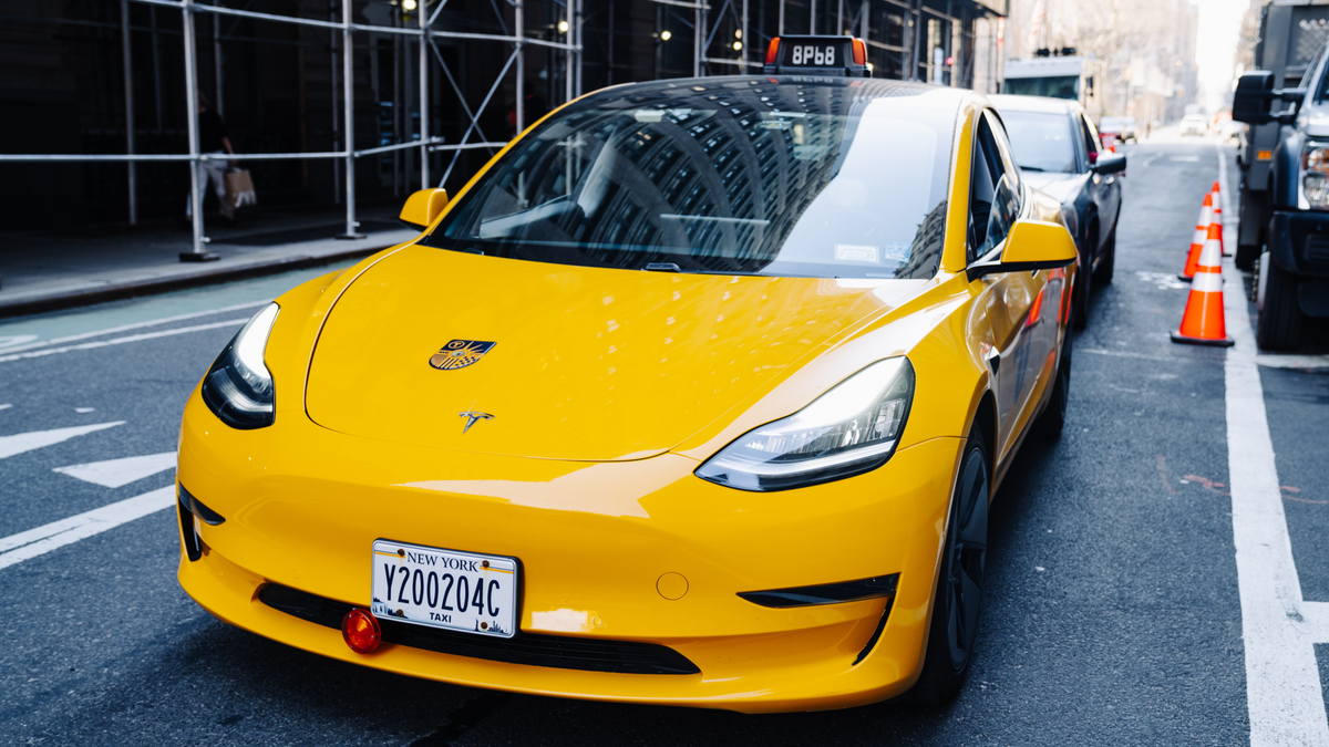 A New Pilot Program Will Bring Tesla Model Y Taxis to NYC – Review Geek