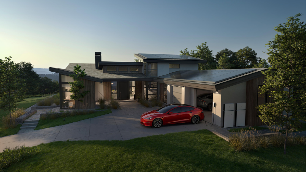 Read more about the article Tesla Powerwall Owners Can Help Support California's Strained Grid – Review Geek