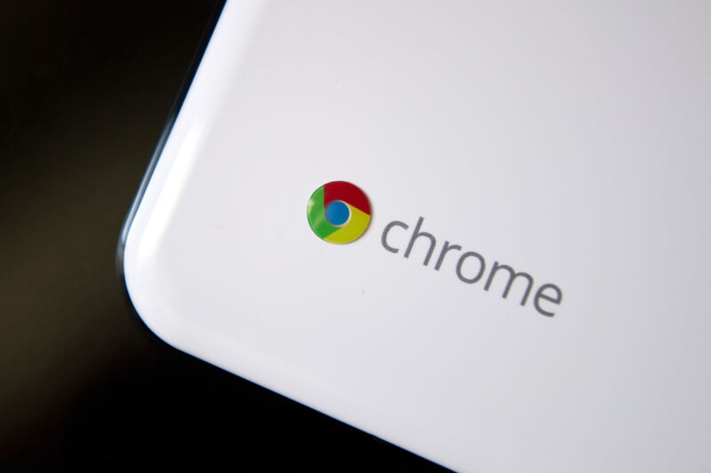 Read more about the article Google pushed a one-character typo to production, bricking Chrome OS devices