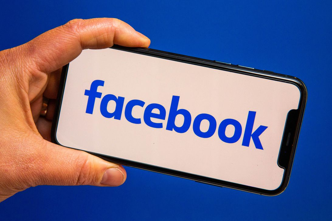 Read more about the article Facebook test brings voice and video calling back to main app
