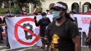 Read more about the article Most of El Salvador Public Is Opposed to Bitcoin Adoption Law