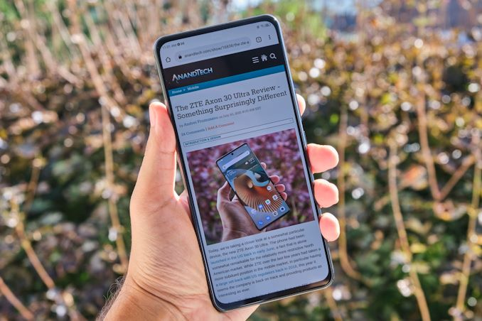 Read more about the article The Axon 30 with Under Display Camera: Hands-on Mini-Review