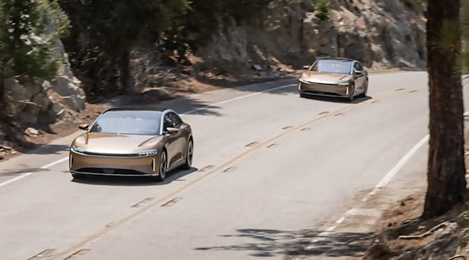 Read more about the article Lucid's limited edition Air EV rated for a Tesla-beating 520 miles of EPA rang