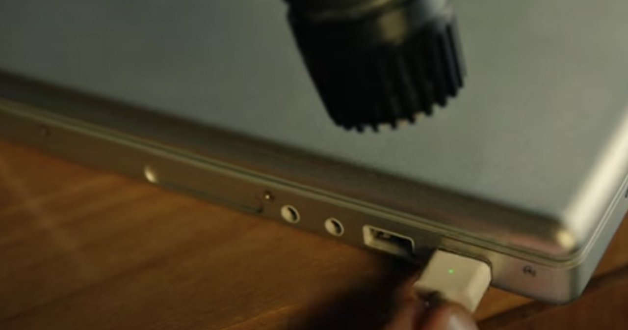 Read more about the article All the Apple sounds & hardware used in the 'Start Up' song