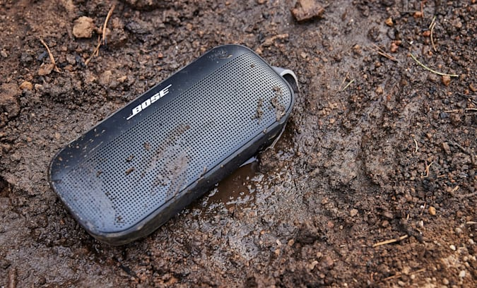 Read more about the article Bose's new rugged Bluetooth speaker floats in water