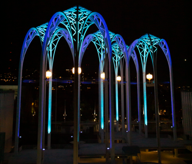 Read more about the article Light the lamp — and the arches: Seattle landmark will put on display to celebrate Kraken hockey goals