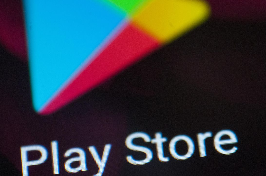 Read more about the article Google plans to cut Play Store fees for subscription-based apps next year